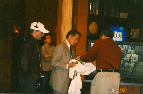 In 2001, I went to see Regis (when he was on his own for a few weeks) and got him to hold up a Froggy 101 T-shirt on air!
